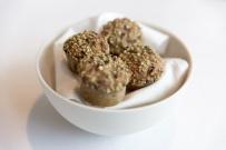 Gluten_free_bread_with_seeds.jpg