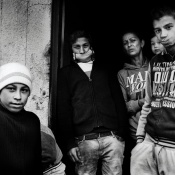 ROMANIA - Il Blocco (vivere Rom)