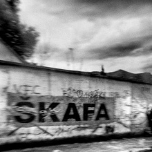 BOSNIA - Sakriveni identitet - (L'identità velata - Sarajevo, dal buio alla luce)