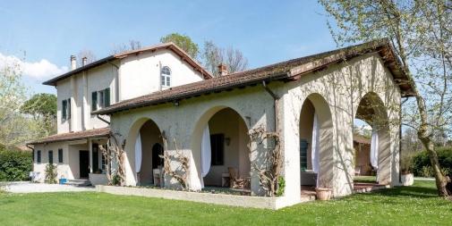 """Villa """"Al Platano"""" Forte dei Marmi (LU) - Italia"""
