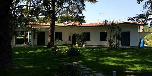 "Villa ""Via Firenze"" Forte dei Marmi (LU) - Italia"