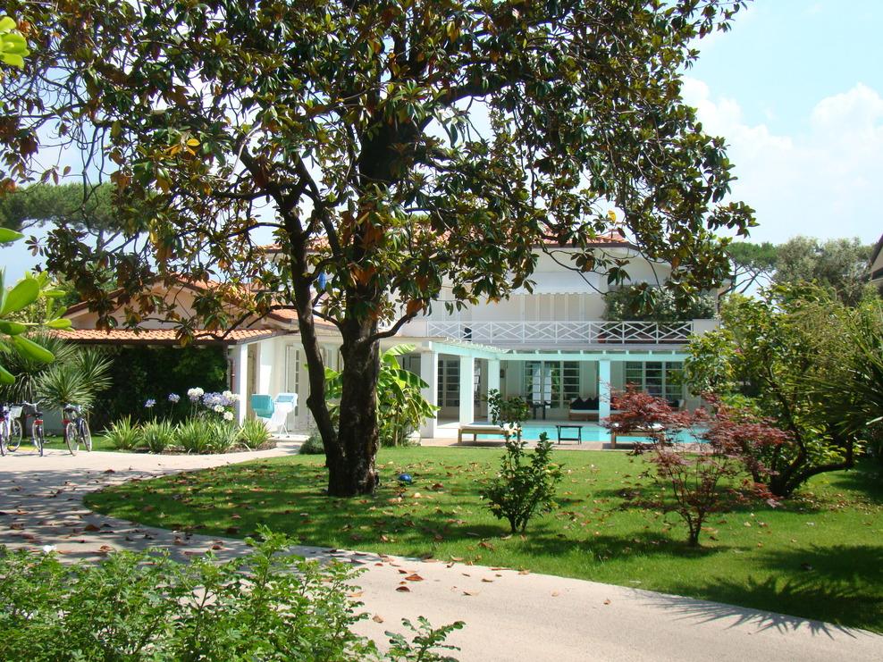 Villa Gabriella Forte dei Marmi (LU) - Italia - Villa Gabriella Forte dei Marmi (LU) - Italia